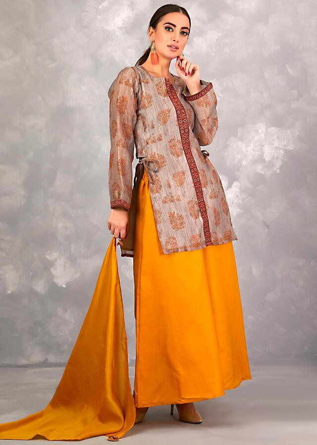 Squirrel Grey Palazzo Suit In Cotton Silk With Floral Printed Buttis And Kundan Work Online - Kalki Fashion