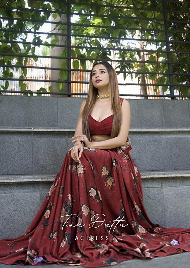 Tina Datta In Kalki Maroon Skirt And Crop Top With Floral Print And Short Net Jacket With Floral Embroidery