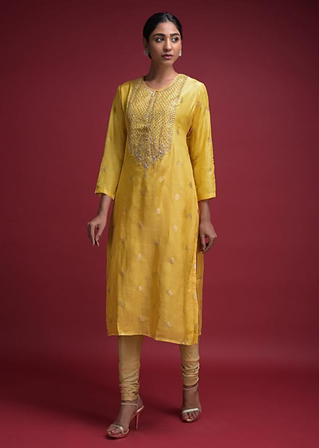 Tuscan Yellow Kurti In Cotton Silk With Weaved Buttis And Gotta Patch Work Online - Kalki Fashion