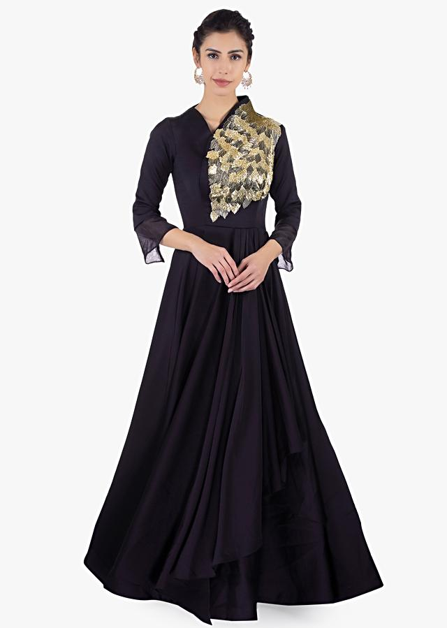 Twilight Blue Gown In Taffeta With Over Lapping Bodice Online - Kalki Fashion