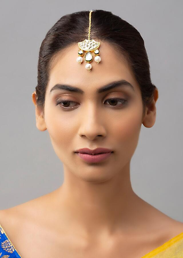 White And Gold Maang Tika With Hydro Kundan Polki, And Dangling Luxe Shell Pearl Online - Joules By Radhika