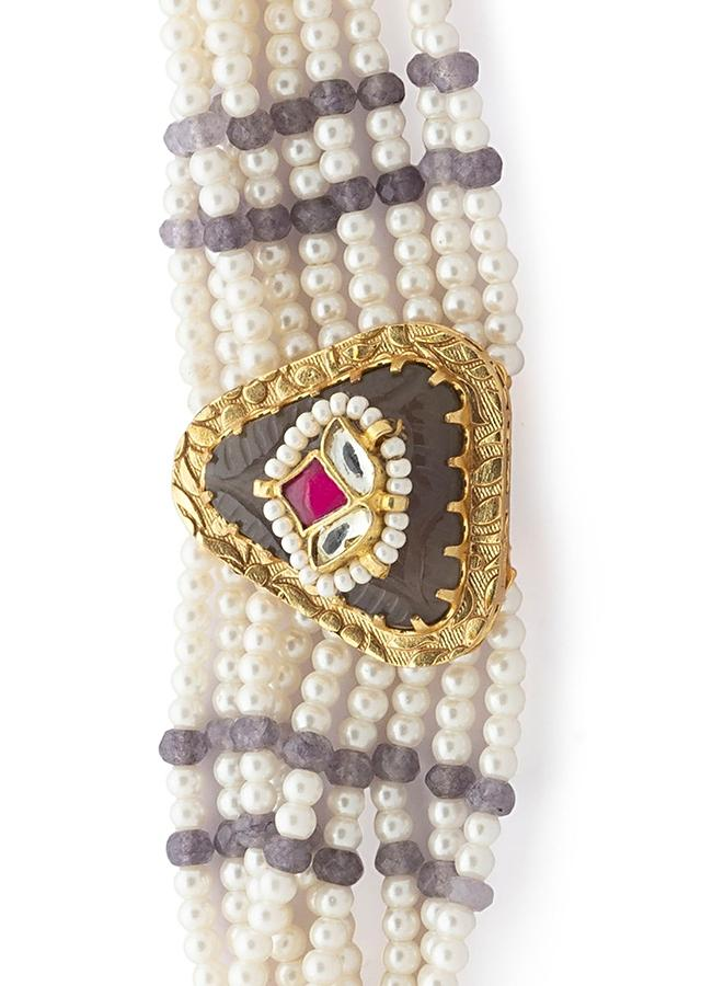 White Bracelet With Agate Beads And Shell Pearl Strings And Grey Carved Stone With Red Hydro Accent Online - Joules By Radhika