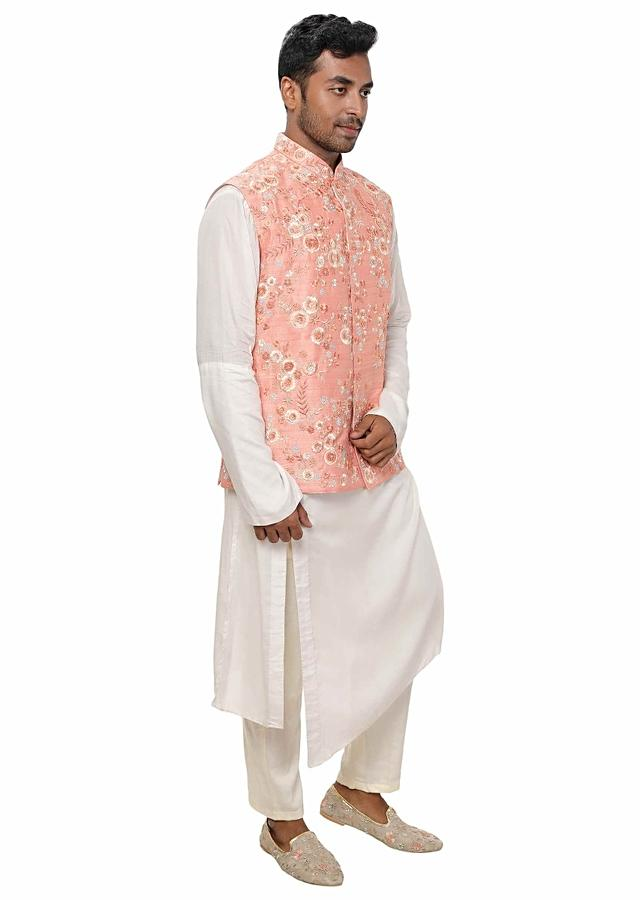White Side Cut Kurta Paired With A Peach Hand Embroidered Jacket Online - Kalki Fashion