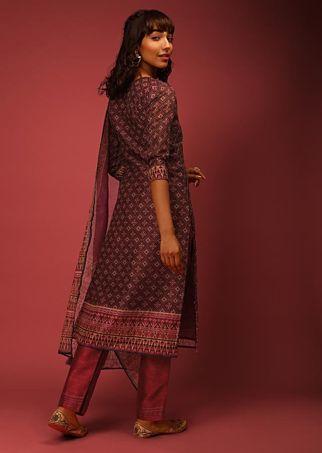 Wine And Green Patola Kurta Set In Silk With Hand Embroidered Running Stitch Detailing Online - Kalki Fashion