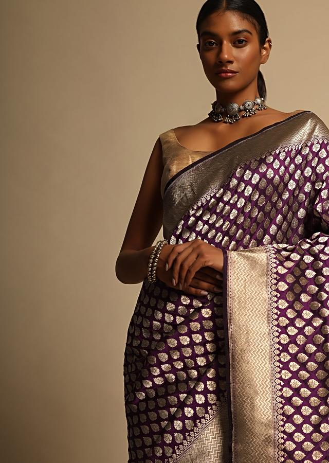 Wine Purple Banarasi Saree In Pure Handloom Silk With Woven Floral Buttis And Chevron Border Along With Unstitched Blouse Piece Online - Kalki Fashion