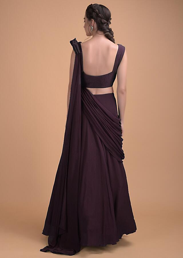Wine Plain Skirt And Blouse With A Draped Pallu Online - Kalki Fashion