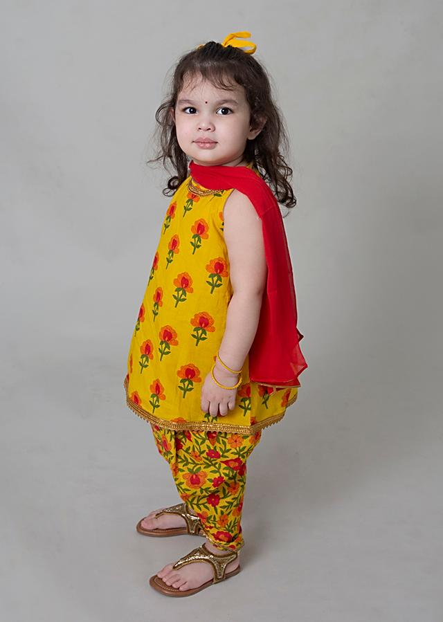 Yellow Dhoti Suit In Cotton With Floral Printed Buttis And Jaal Design By Tiber Taber