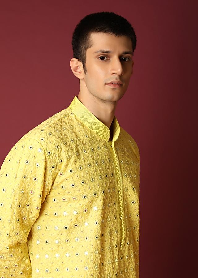 Yellow Kurta Set In Raw Silk With Lucknowi Thread And Mirror Embroidered Jaal Online - Kalki Fashion