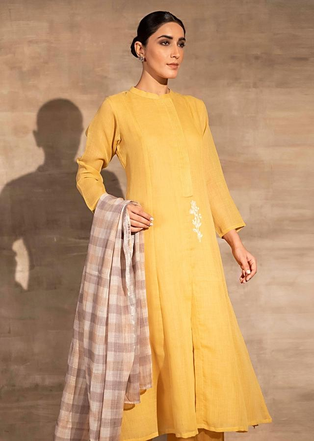 Yellow Straight Cut Palazzo Suit In Linen With Aari Thread Work And Checks Dupatta Online - Kalki Fashion