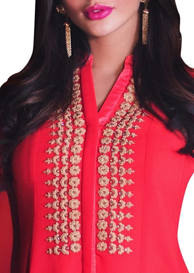 Coral Peach Fancy Kurti With Thread Embroidered Placket Online - Kalki Fashion