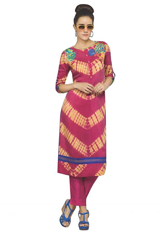 Pink and yellow kurti adorn in floral motif embroidery