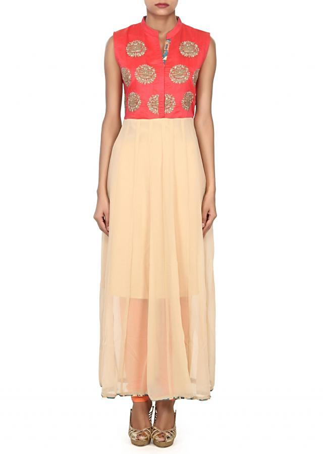 Beige and peach kurti adorn in thread embroidered butti only on Kalki