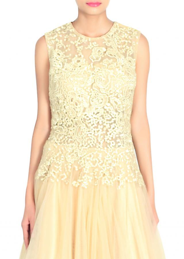 Beige gown adorn in resham and kundan bodice only on Kalki
