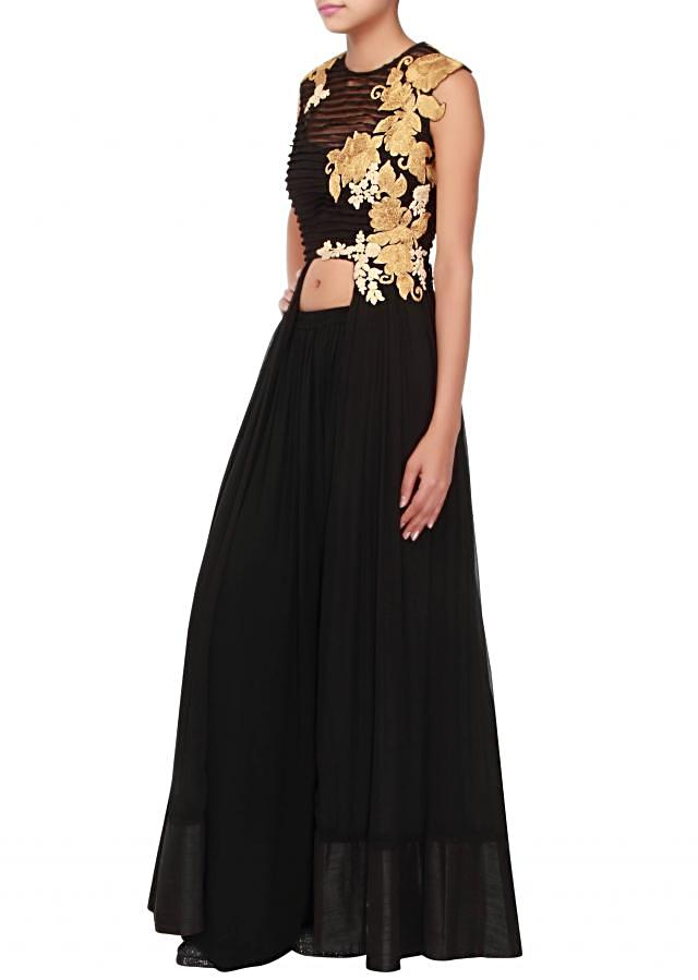 Black anarkali suit adorn in pleats and embossed zari embroidery only on Kalki