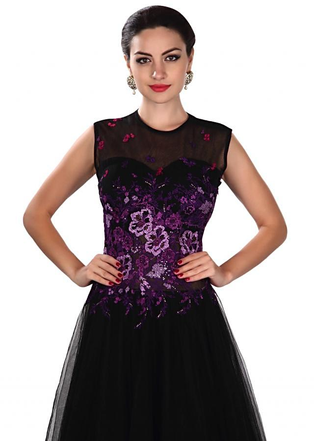 Black gown adorn in sequin and purple resham only on Kalki