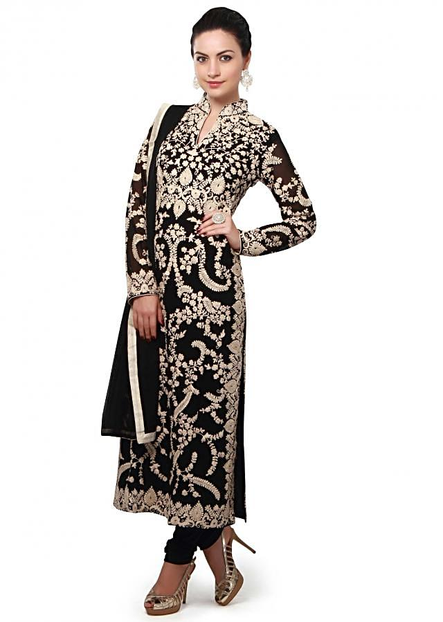 Black straight suit enhanced in thread embroidery all over only on Kalki