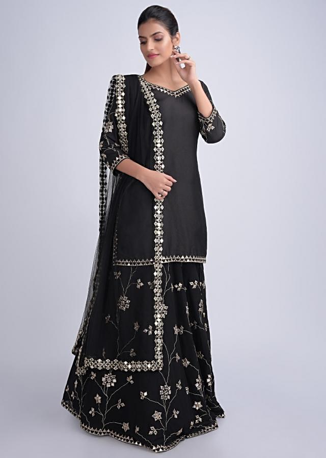 Black Suit And Skirt Bottoms With Zari And Abla Work Online - Kalki Fashion