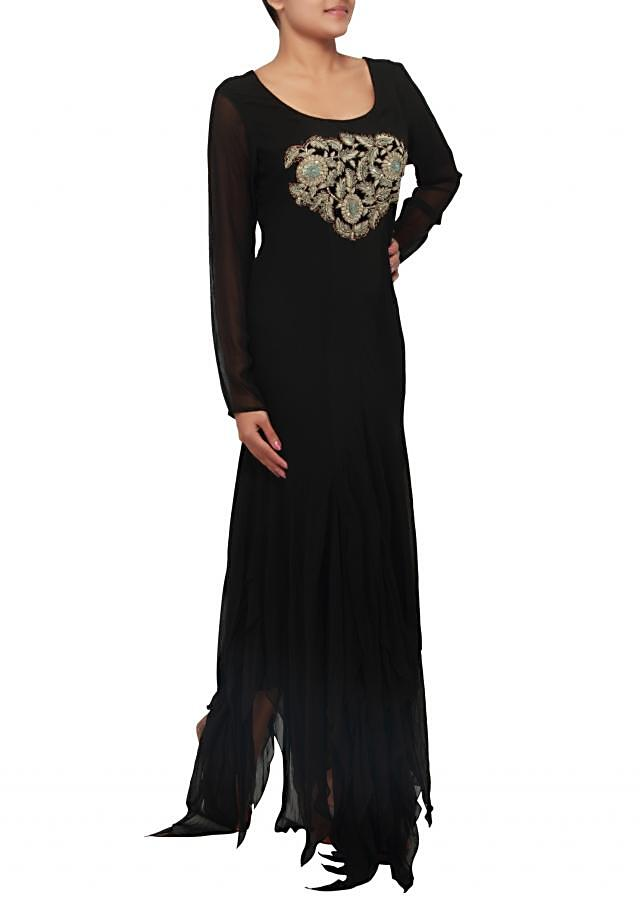 Black suit embellished in zari and sequence embroidery only on Kalki