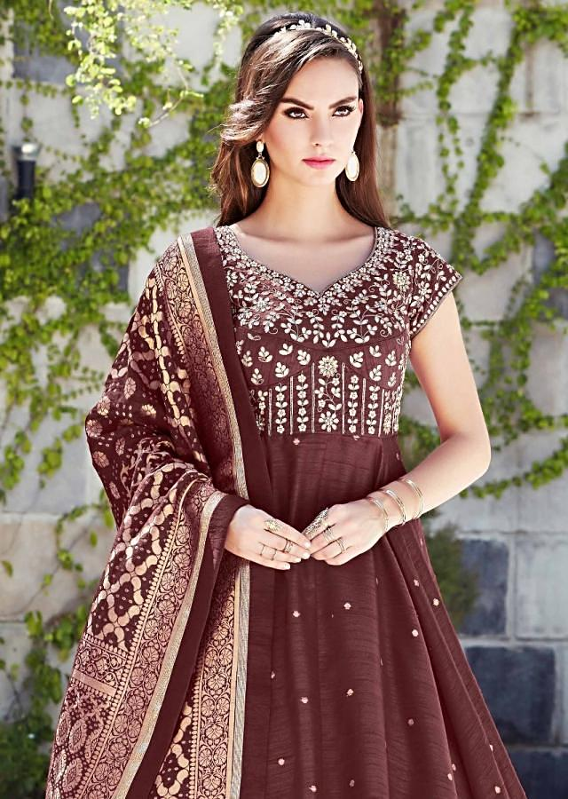 Brick Maroon Anarkali Suit In Raw Silk With Matching Brocade Dupatta Online - Kalki Fashion
