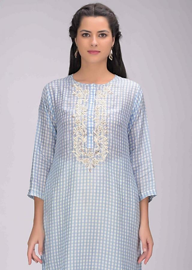 Carolina Blue Kurti In Cotton With Checks Print Online - Kalki Fashion