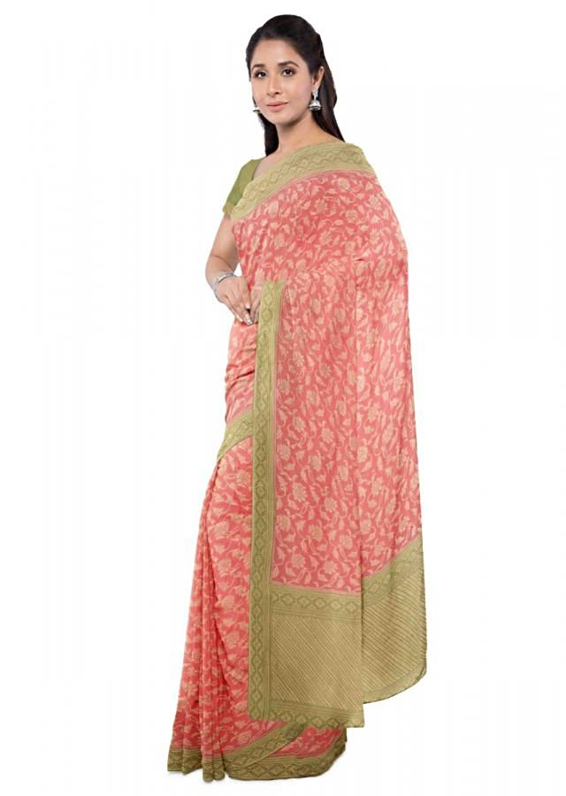 Coral Peach Chiffon Saree With Floral Jaal Pattern And Green Blouse Piece Online - Kalki Fashion