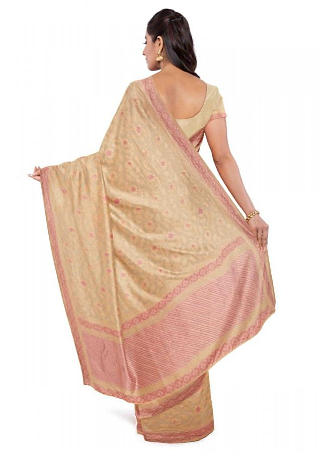 Cream Banarasi Saree In Chiffon With Weaved Floral Jaal Work Online - Kalki Fashion