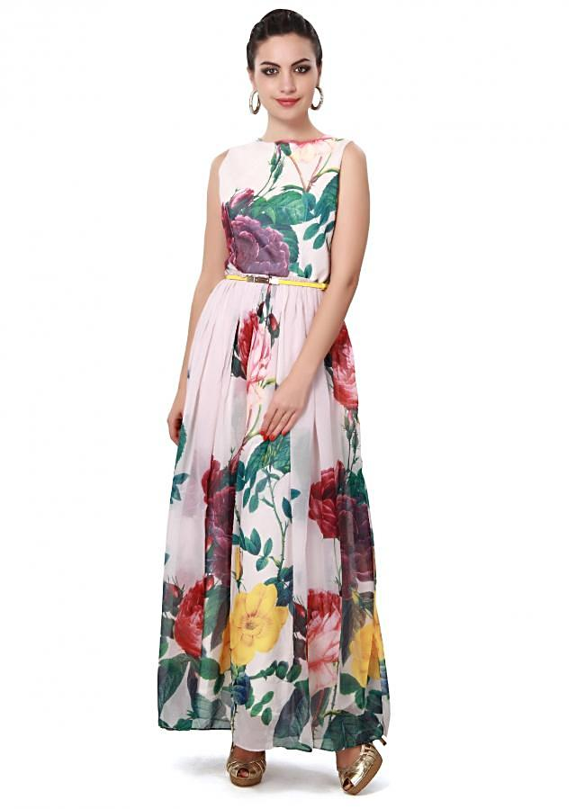 Cream printed kurti matched with fancy belt only on Kalki