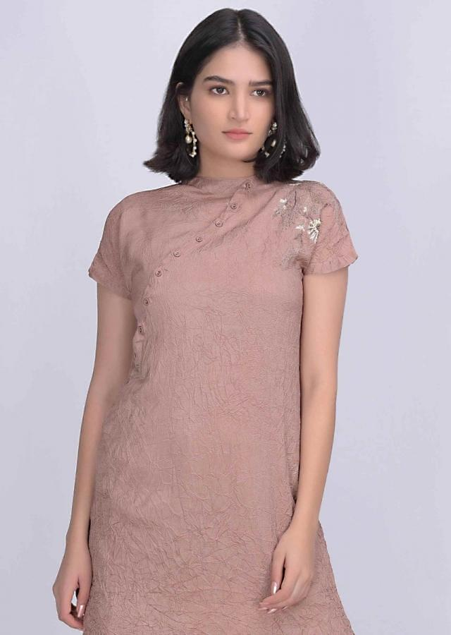 Dusty Wild Rose Pink Kurta In Crushed Crepe With Off White Jute Cotton Palazzo Pants Online - Kalki Fashion