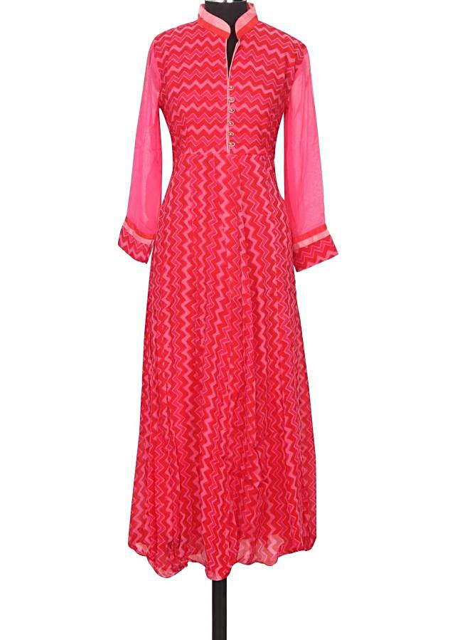 Featuring red and pink printed kurti only on Kalki