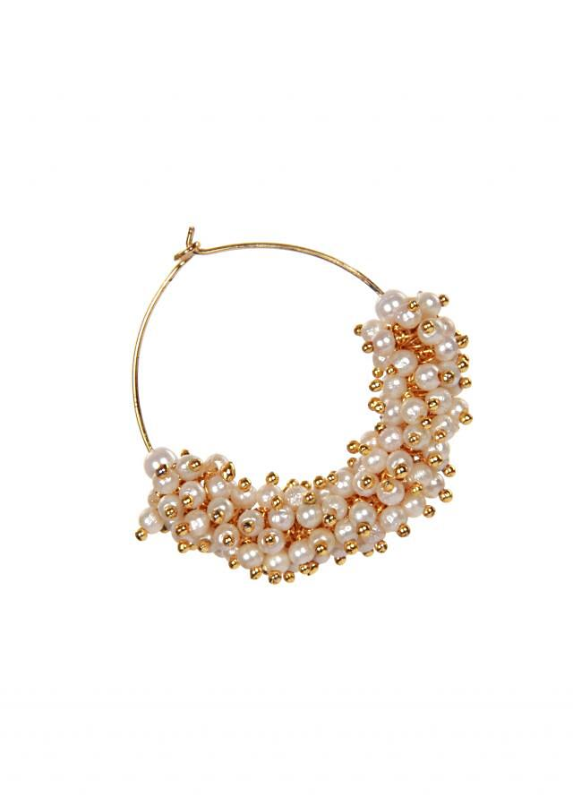 Featuring pearl bali with a small moti only on kalki