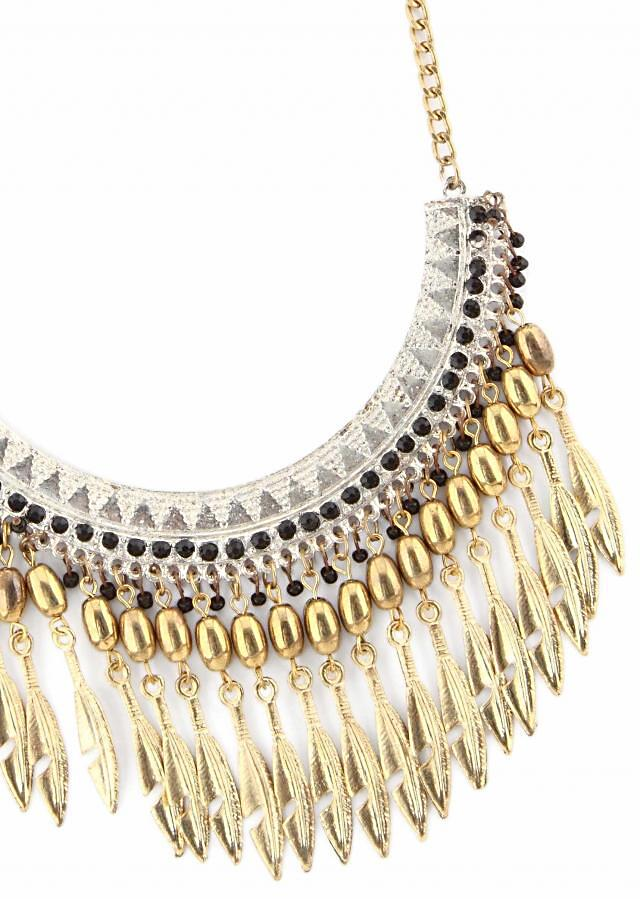 Gold necklace features with gold dangler only on Kalki