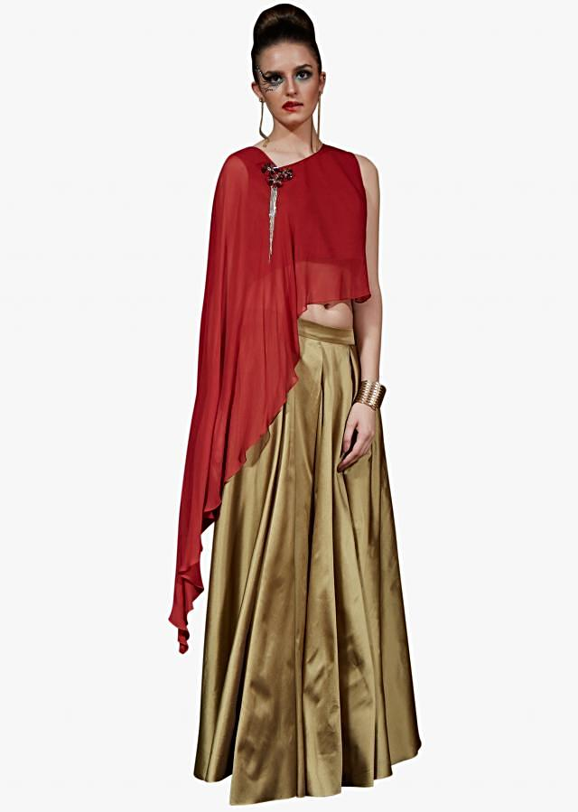 Golden long skirt matched with red cape top adorn in fancy embroidered tassel
