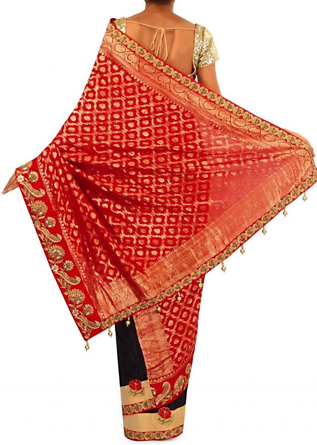 Half and half saree adorn in bird motif embroidery only on Kalki
