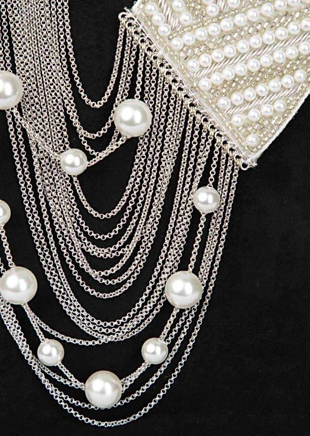 Half and half style fancy party wear necklace in chain string and fabric base
