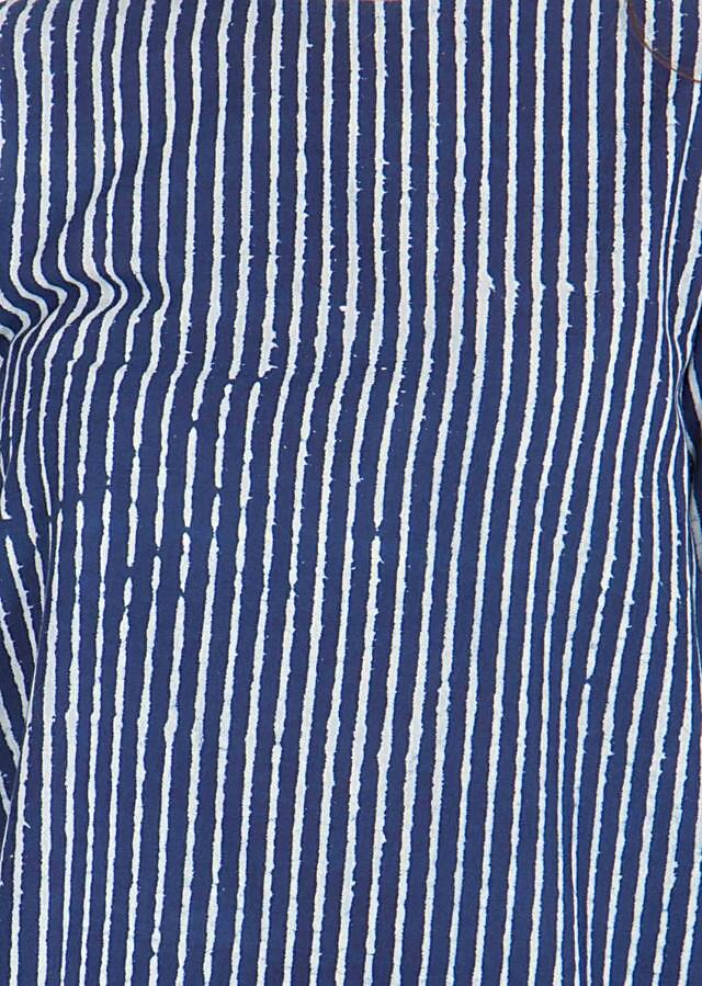 Indigo block printed top Tailored in a A line fit