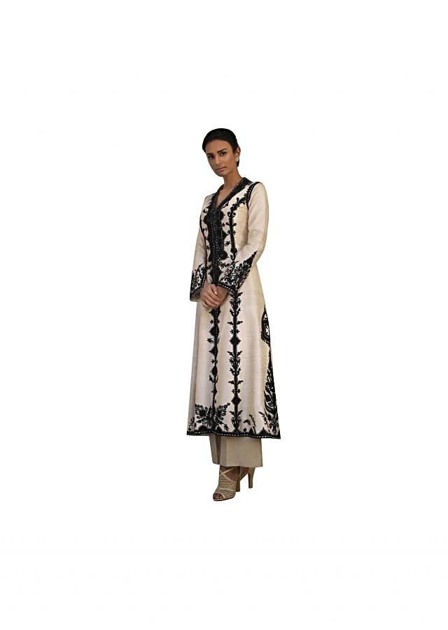 Ivory straight silk suit in resham embroidery