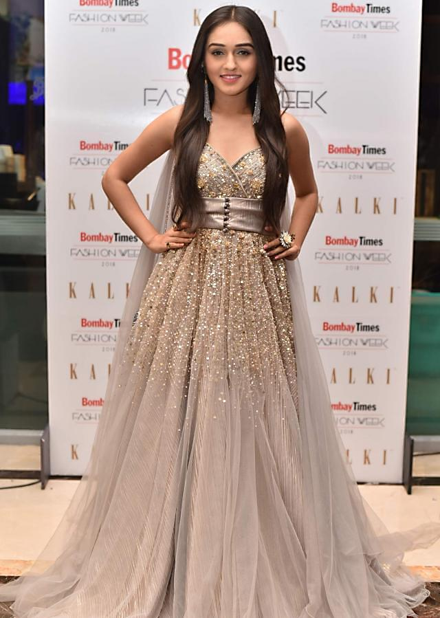 Low Line Net Gown With Embellished Bodice And Waistline Online - Kalki Fashion