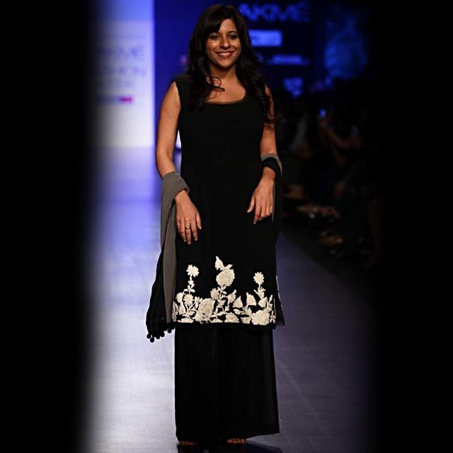 Lakme Fashion Week 2013 Collection by Manish Malhotra 01