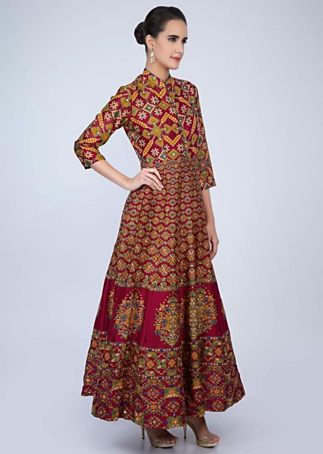 Magenta Long Tunic Dress In Print With Mirror Highlight Online - Kalki Fashion