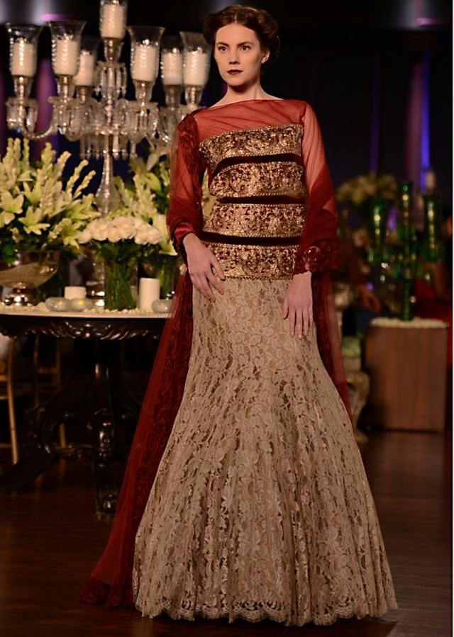 Manish Malhotra heavy ethnic collection inspired bythe silhouettes of royality at PCJ Delhi Couture Week 2013 MM59