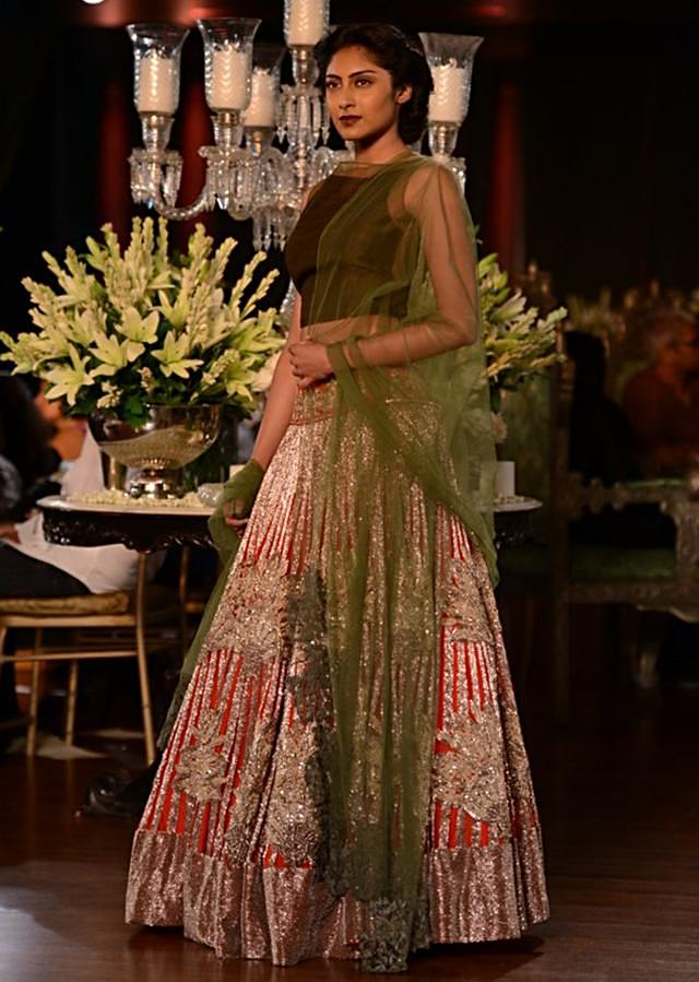 Manish Malhotra heavy ethnic collection inspired bythe silhouettes of royality at PCJ Delhi Couture Week 2013 MM77