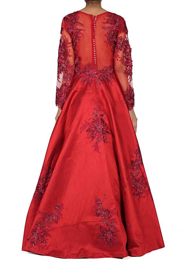 Maroon gown adorn in resham embroidered butti only on Kalki