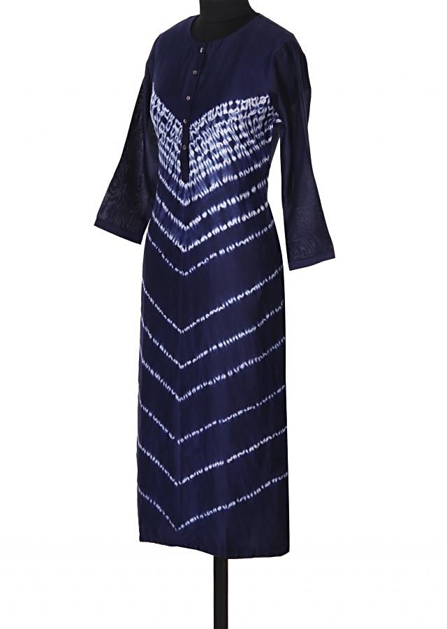 Navy blue kurti adorn in tie and dye only on Kalki