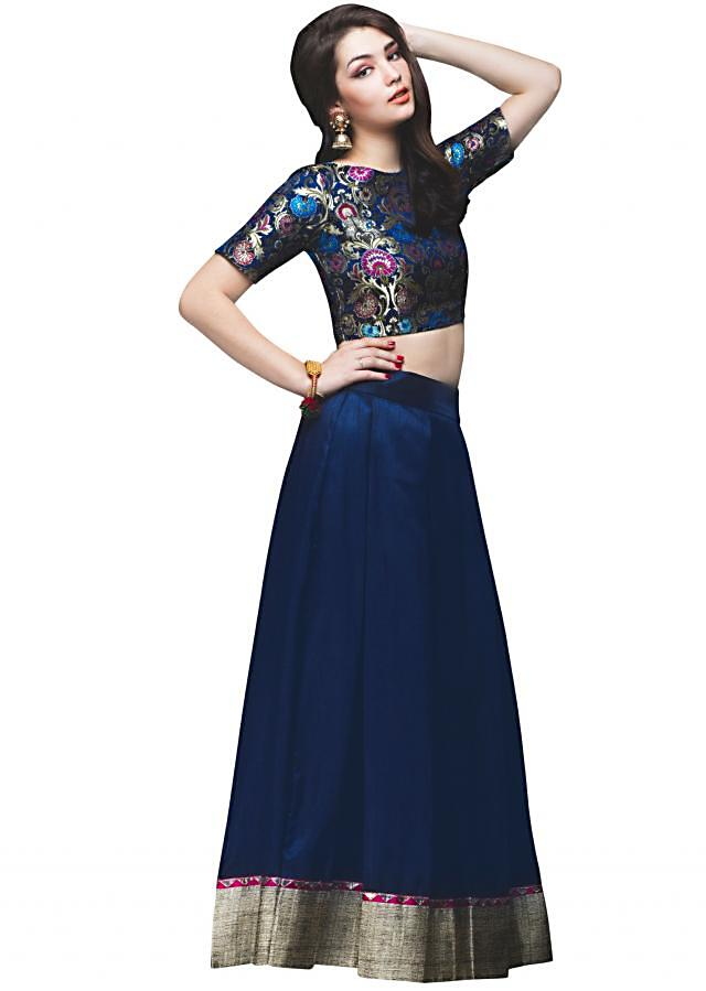 Navy blue skirt matched with crop top brocade blouse