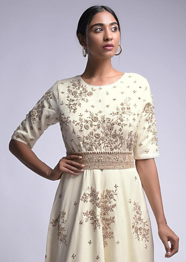 Off White Indowestern Gown With Embroidered Floral Motifs And Embellished Belt Online - Kalki Fashion