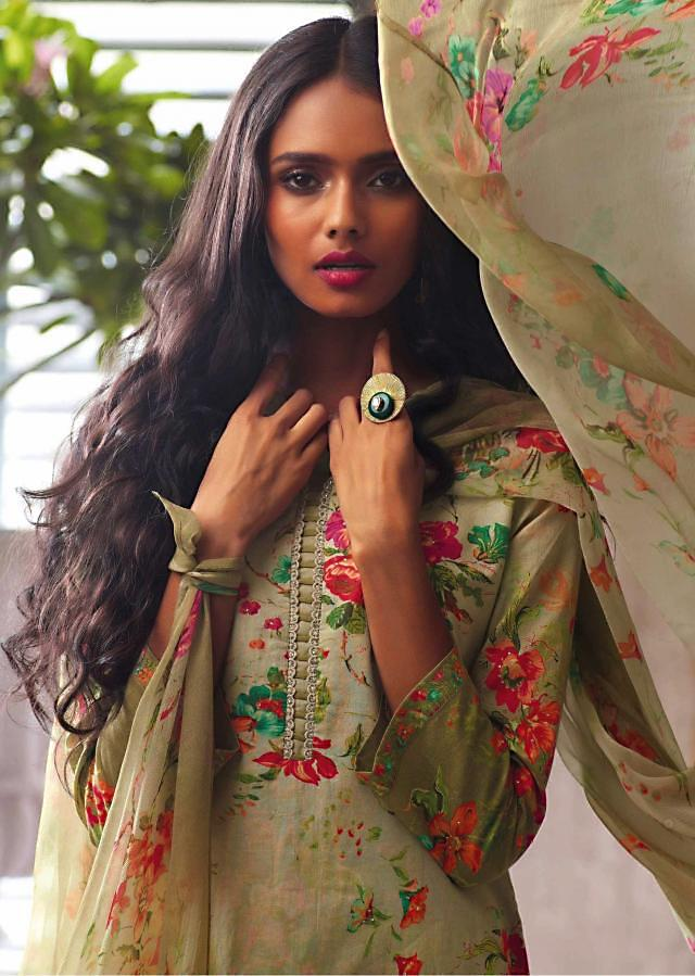 Omber green unstitched suit in floral print with ready neckline