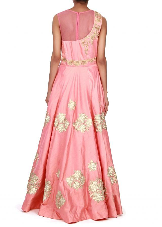 Peach gown adorn in kardana and applique only on Kalki