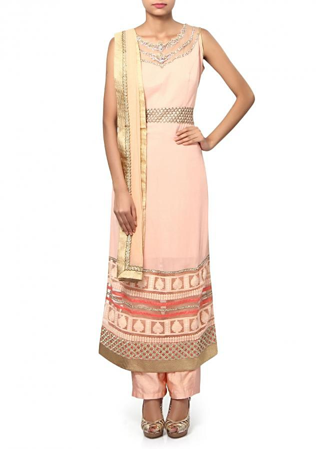 Peach straight suit adorn in kundan and thread embroidery only on Kalki