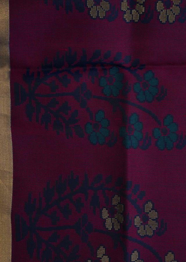 Peocock Green And Pink Saree In Silk Beautified In Weaved Embroidery Online - Kalki Fashion