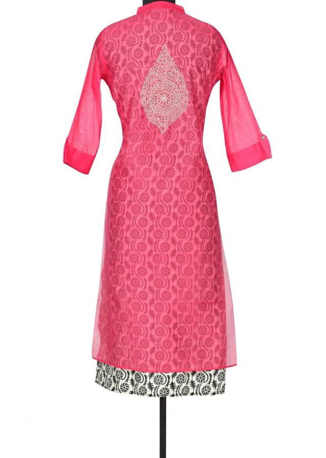 Pink kurti adorn in thread and gotta lace only on Kalki